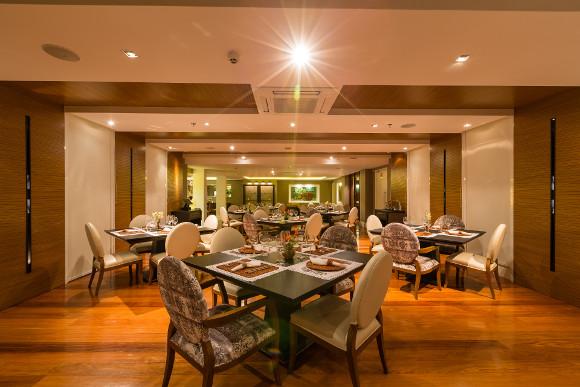 Restaurant room 2